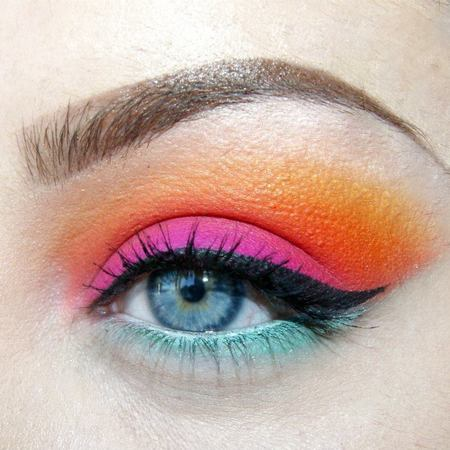 Shona Eluned MUA - firework colourful makeup ideas - karla cosmetics - handbag.com