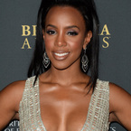 Kelly Rowland brought her boobs to the BAFTAs