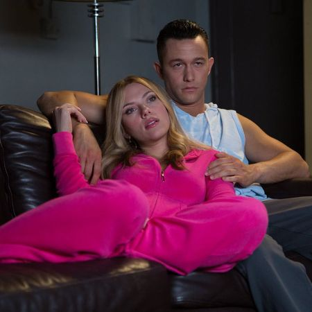 Don jon film still - Scarlett Johansson and Jason Gordon-Levitt - romantic comedy - film - handbag.com