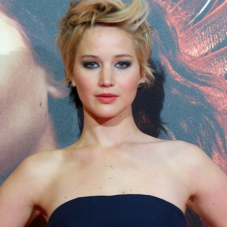 jennifer lawrence in navy diore dress - hunger games premiere - celebrity sheer dress fashion trend - handbag.com