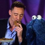 Tom Hiddleston puts Cookie Monster on a diet