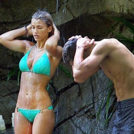 Amy Willerton and Joey Essex shower scene - get closer - im a celebrity - rebecca adlington tears - handbag.com