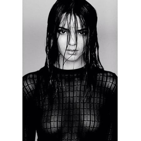 Kendall Jenner nomadrj naked photoshoot - Kardashian family - handbagcom