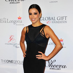 Eva Longoria does sheer the classy way