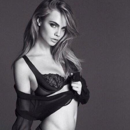 Cara Delevingne La Perla Lingerie model campaign - skinny versus curvy models - handbagcom