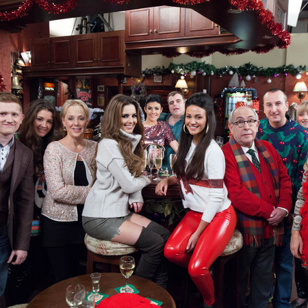 Cheryl Cole - coronation street - corrie - one of episode - group shot - handbag.com