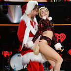 Does Miley Cyrus have a sexy santa fetish?