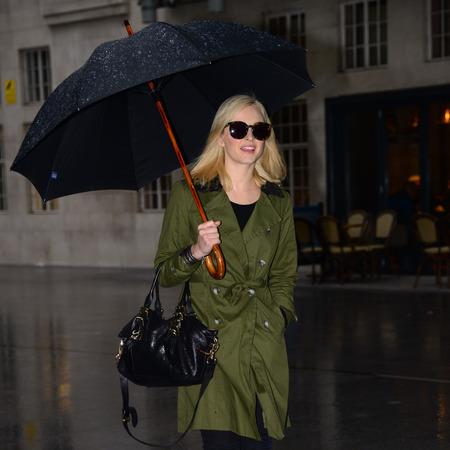 Fearne Cotton - mulberry bag - celebrity sightings - london - handbag.com