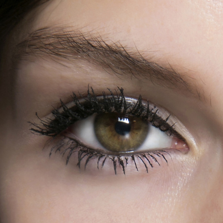 long eyelashes - mulberry ss14 fashion week - eye makeup - handbag.com