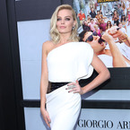 Margot Robbie is The Wolf of White Street