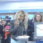 Beyonce's uncomfortable supermarket sweep