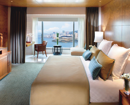 Hong Kong Travel review - City guide - Mandarin Oriental hotel review - Harbour bedroom - Asia travel - holiday ideas - travel - handbag.com