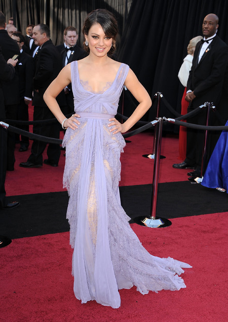 Mila Kunis is Ellie Saab dress at the Oscars 2013
