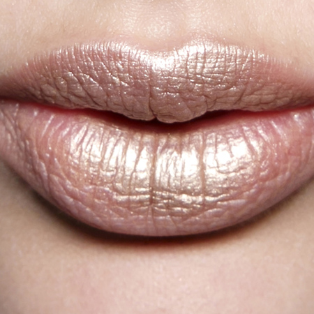 90s style lipstick - how to wear shimmer lipstick now - makeup trends - handbag.com