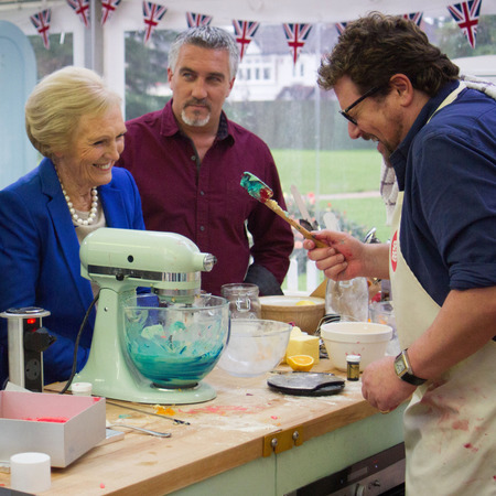 GBBO sport relief bake off - paul hollywood - michael ball - hilarious funny - handbag.com