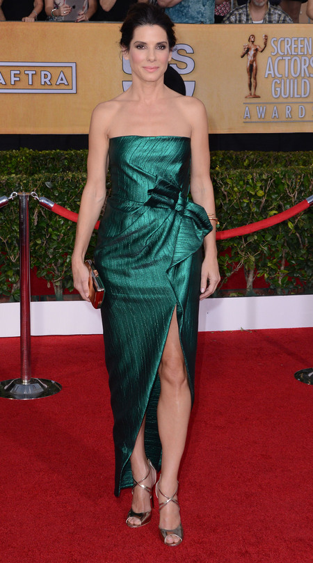 sandra bullock green dress - sag awards 2014 - celebrity fashion trends - handbag.com