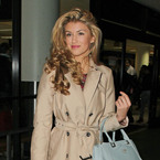 Amy Willerton goes old school glamour