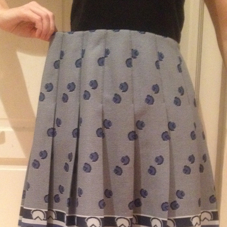 DIY fashion fix - how to take in the waistband of a skirt - before - elastic smaller waist - handbag.com