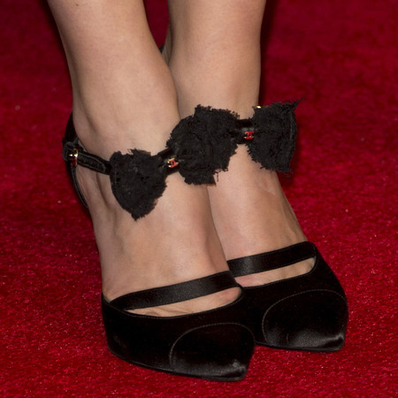 keira knightley at jack ryan premiere - chanel bow shoes - celebrity high heels - handbag.com