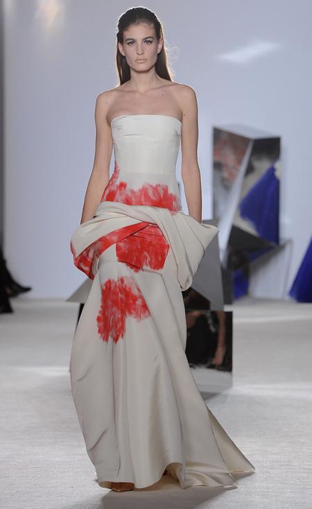 Designer wedding dress ideas from Couture fashion week - Valli - modern wedding dress - Fashion and weddings - trends - handbag.com