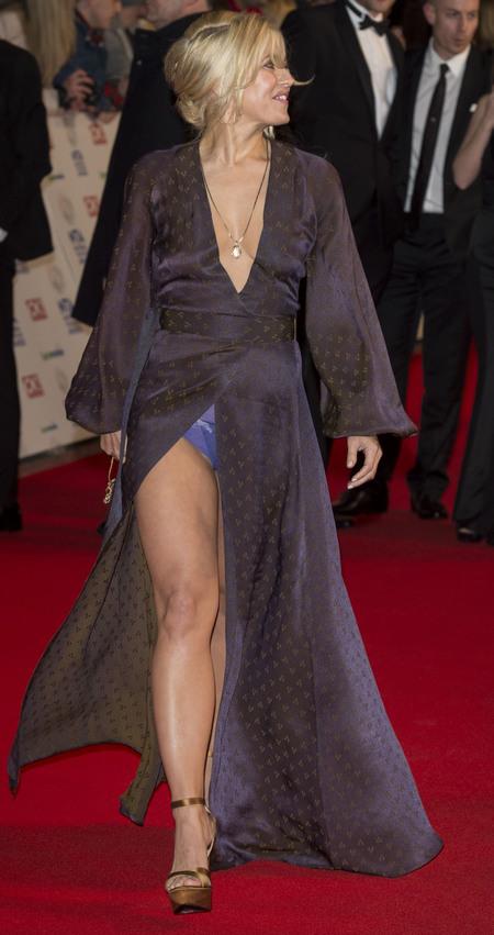 rachel wilde underwear - flashes in dress on red carpet - national television awards 2014 - handbag.com