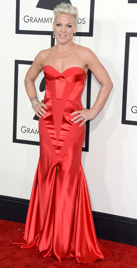 Pink's red dress at the 2014 Grammys
