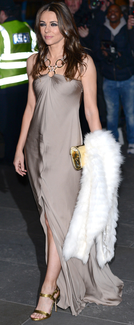 elizabeth hurley cream dress and fur stole - national portrait gallery with kate middleton - handbag.com