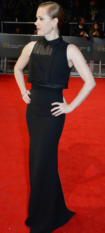 amy adams at the 2014 bafta awards - black dress and slicked back wet look hairstyle - celebrity trends - handbag.com