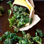 The easiest kale chips recipe for healthy snackers