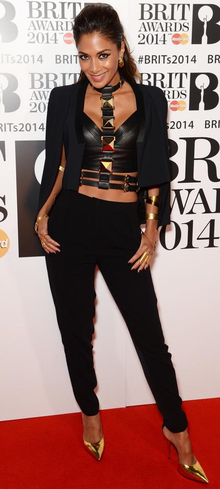 nicole scherzinger bondage style at brits 2014 - fierce eye makeup eyeliner - celebrity trends - handbag.com