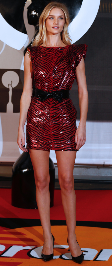rosie huntington whiteley at brit awards 2014 - black and red dress - celebrity fashion trends - handbag.com