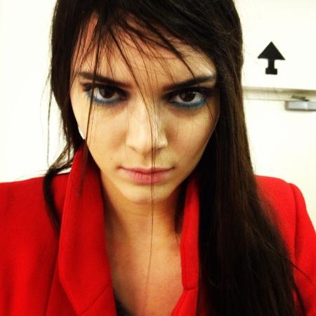 blue eye makeup trend - london fashion week autumn winter 2014 - kendall jenner at gilse deacon show - handbag.com
