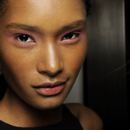 pink eye shadow at jonathan saunders london fashion week show - how to wear pink makeup trend - handbag.com