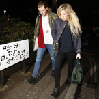 Ellie Goulding, Dougie & Wang look cosy on a night out