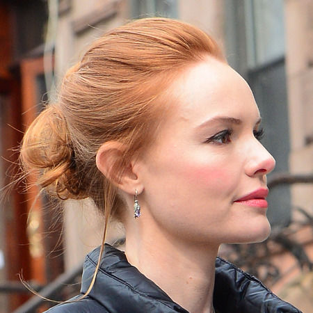Kate Bosworth - red hair - on set - hairstyle - handbag.com