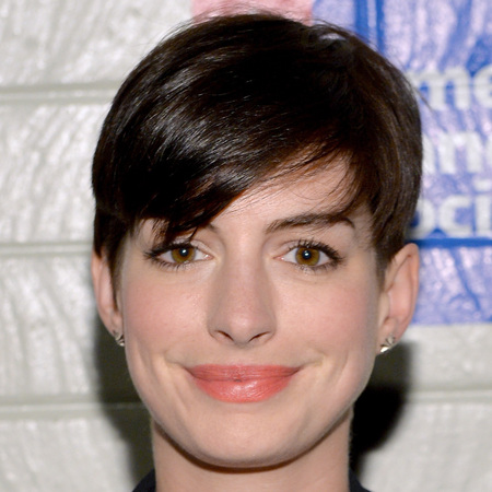 Anne Hathaway's side sweep fringe