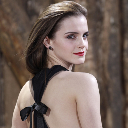 how to slicked back hair like emma watson - noah germany permiere red lipstick and black bow dress - celebrity hairstyle trends - handbag.com