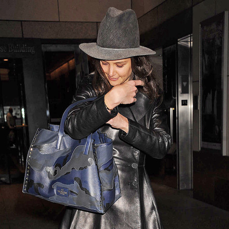 Katie Holmes rocking the same Valentino bag earlier this year - Valentino rockstud camo tote bag - new tv show - Dawsons Creek - celeb fashion news - handbag.com