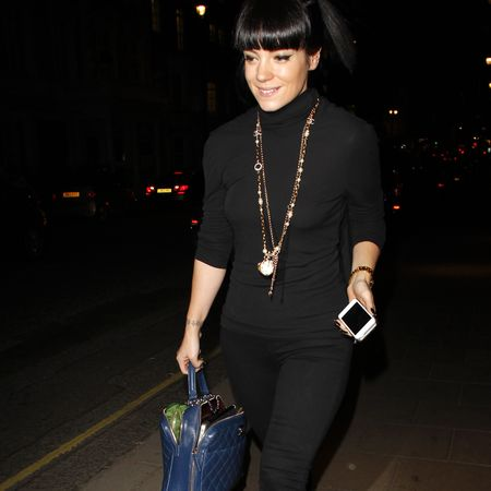 Lily Allen carries Chanel blue quilted handbag and louboutin heels - twitter - MTV - Our Time - hot dog - youtube video - celeb fashion news - shoping bag - handbag.com