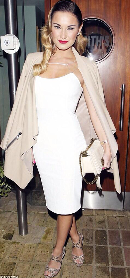 Sam Faiers with beige quilted Chanel bag