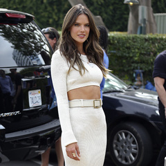 Alessandra Ambrosio for Victoria's Secret launch wearing crop top trend - 90s fashion trends - toned stomach - celebrity fashion - workout - handbag.com