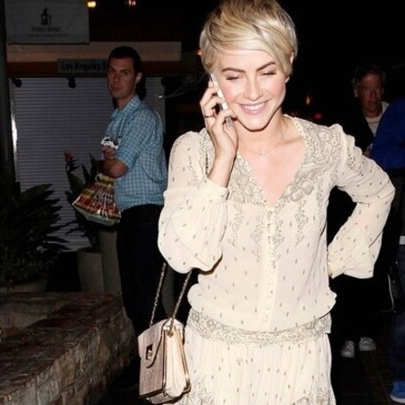 Julianne Hough at Dancing with the Stars wearing Chloe Sally bag and cream tunic romper - celeb fashion news - gym routine with Nikki Reed - gym bag - handbag.com
