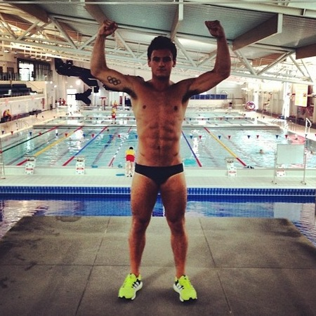 topless Tom Daley pics - Tom Daley in his trunks - Tom Daley diver - Olympic athletes - swimming pool - fitness news - handbag.com
