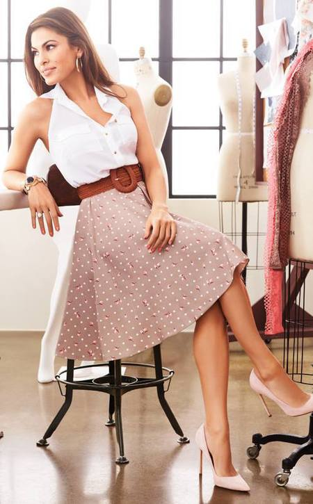 eva mendes clothing collection - eve mendes vintage polka dot skirt and white halterneck blouse - how to make ryan gosling your boyfriend - handbag.com