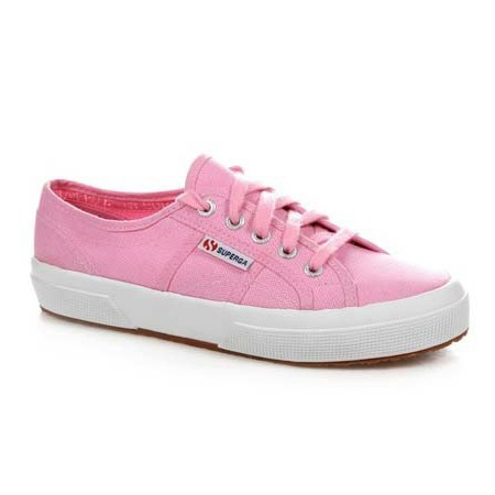 buy it on your break - fashion targets breat cancer - superga pink sneakers - suki waterhouse - handbag.com