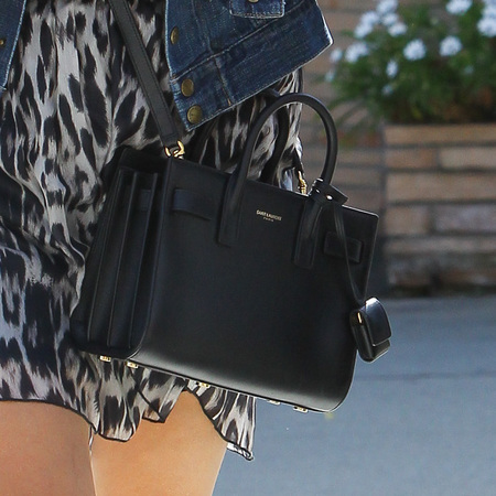 resse witherspoon carries yves saint laurent classic baby sac du jour bag and stops for fans on way to lunchdate with kate hudson - YSL gallery - shopping bag - handbag.com