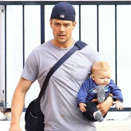 josh duhamel carrying baby axl - celebrity stay at home dads - baby bag - handbag.jpg