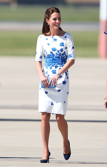 kate middleton l.k.bennett dress australian tour - shopping bag -  handbag.jpg