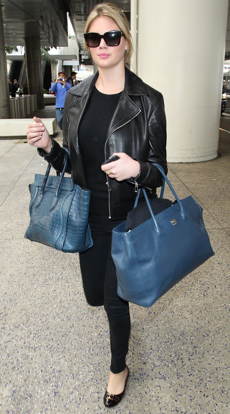 kate upton - the other woman - two handbags trend - second tote bag - celebrity designer bags - handbag.com