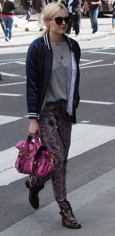 fearne cotton - pink leopard print mulberry alexa stachel bag - very printed trousers - pink designer bag - handbag.com